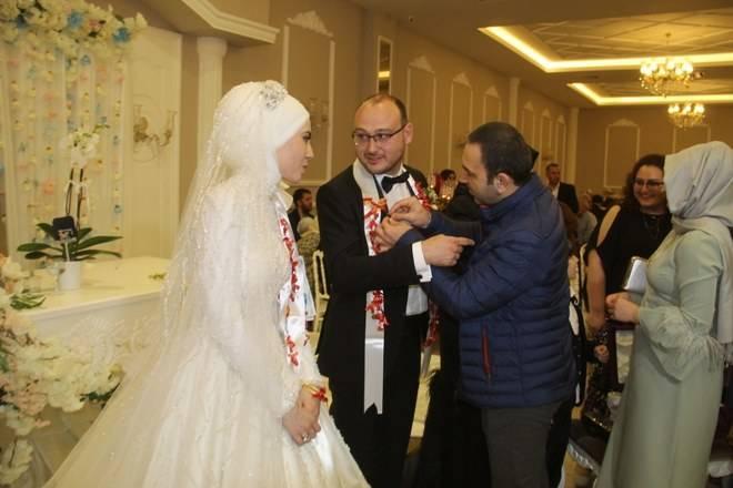 Zehra & Mahmut Erdem Aydın Dünyaevine Girdi 30