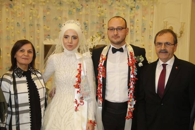 Zehra & Mahmut Erdem Aydın Dünyaevine Girdi 33