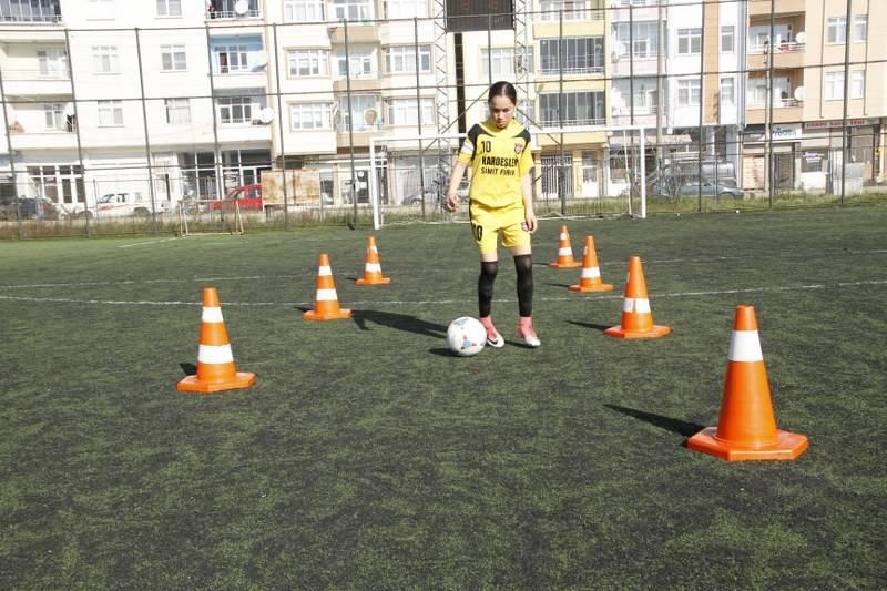 Gelecek Vad Eden Genç Kız Futbolcunun Hayali Milli Takıma Gitmek 9