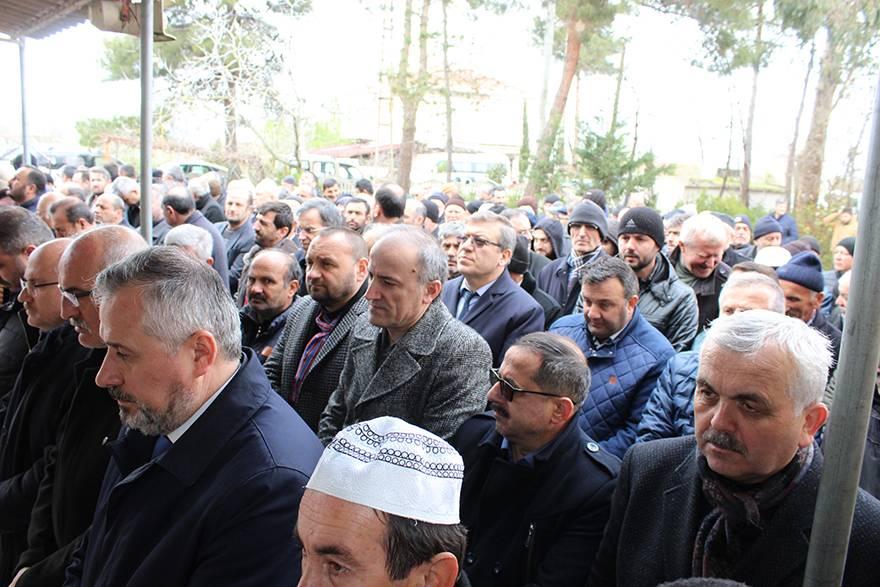 EMİNE BOZKURT DUALARLA DEFNEDİLDİ 8
