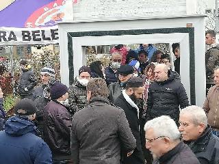 GÜLSEREN ŞAHİNOL DUALARLA, GÖZYAŞLARIYLA DEFNEDİLDİ 2