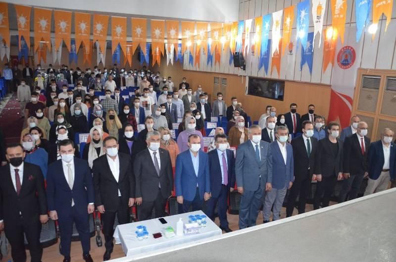 AK PARTİ GENÇLİK KOLLARI BAŞKANLIK SEÇİMİNE BAFRA'DAN START VERDİ 63