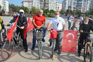 Bafra'da 97'nci yılında 'Cumhuriyet Bisiklet Turu' 1