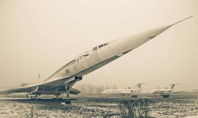 9000 uçaktan oluşan mezarlığı 5