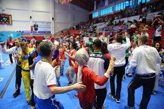 İşitme engelli sporcular birlikte dans etttiler 1