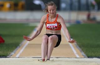 Samsun'da bayanlar uzun atlama yarışları 3