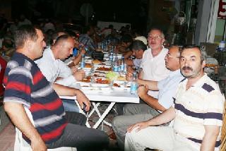 BAFRA'DA BEŞİR DERNEĞİ İFTAR VERDİ