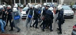 İstanbul Üniversitesi karıştı 47 gözaltı