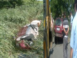 Kanala Uçan Araç Sürücüsü Hayatını Kaybetti