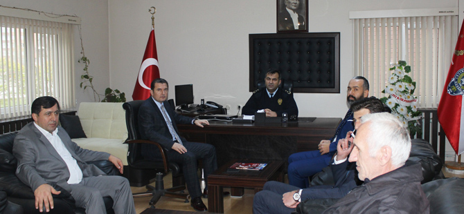Ak Parti yönetiminden Emniyete ziyaret