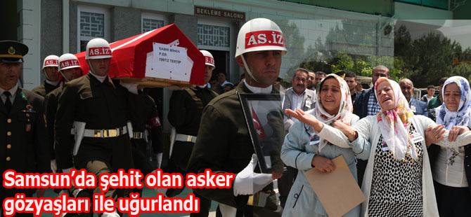 Samsun'da devrilen araçta şehit olan asker ebediyete uğurlandı