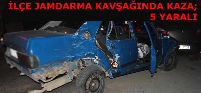Bafra 'da trafik kazası ; 5 yaralı