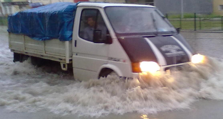 Bafra'da Sağanak Yağış