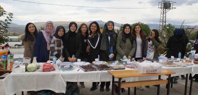 Vezirköprü'de Öğrenciler yararına kermes