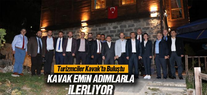 TURİZMCİLER KAVAK'TA BULUŞTU