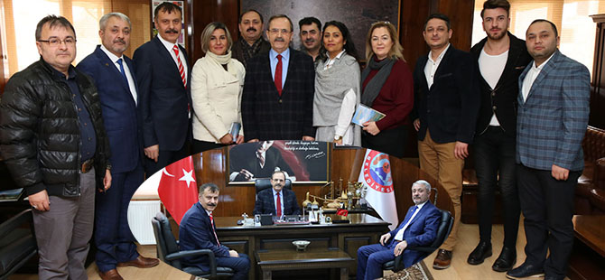 BAFRA BERBERLER ESNAF ODASI BAŞKAN ŞAHİN'İ MAKAMINDA ZİYARET ETTİ