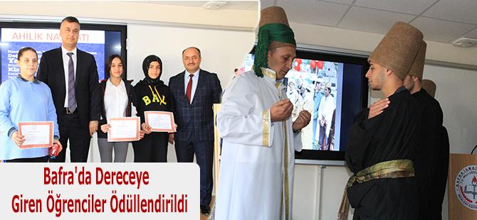 Bafra'da Dereceye  Giren Öğrenciler Ödüllendirildi