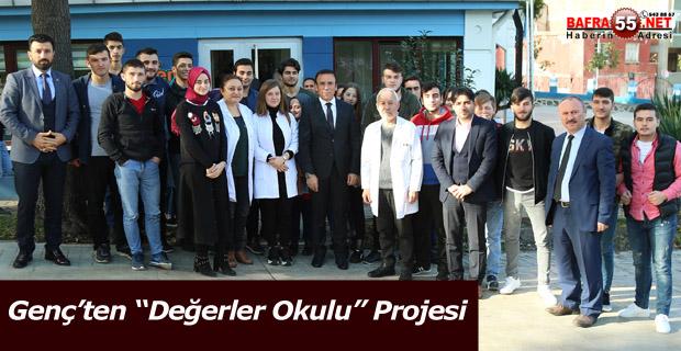 """Başkan Osman Genç; """"Vatan ve bayrağını seven, milli hafızaya sahip bir gençlik hedefliyoruz"""" dedi."""