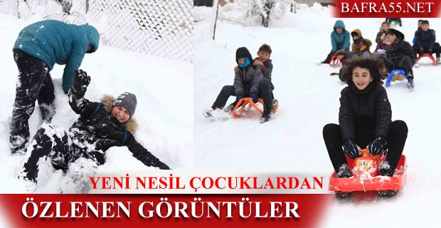 Çocukların Kar Topu ve Kayak Eğlencesi