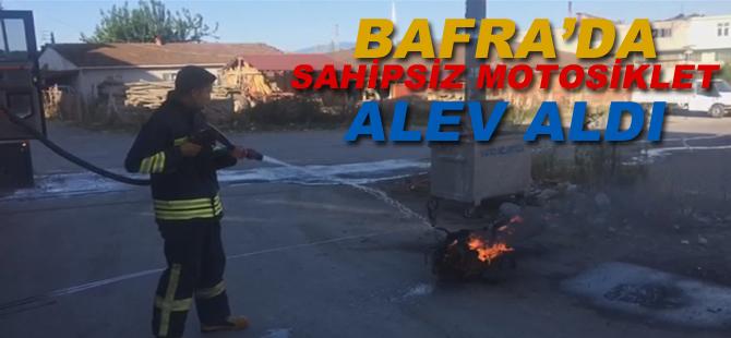 Bafra'da Sahipsiz Motosiklet Alev Aldı
