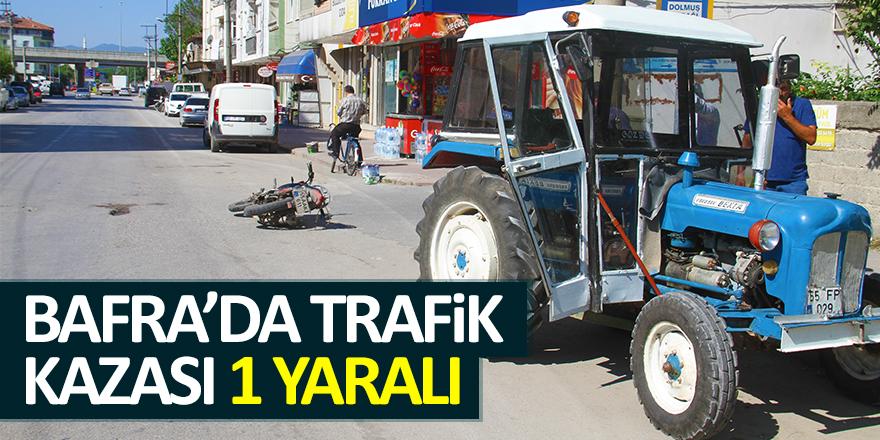 Bafra'da Motosiklet ile Traktör Çarpıştı 1 Yaralı