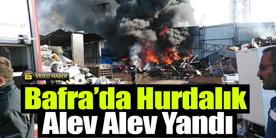 Bafra'da Hurdalık Alev Alev Yandı