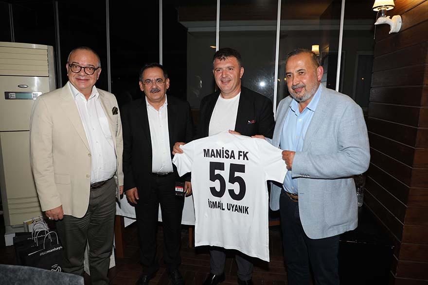 Samsunspor Manisalı Yöneticileri Yemekte Ağırladı