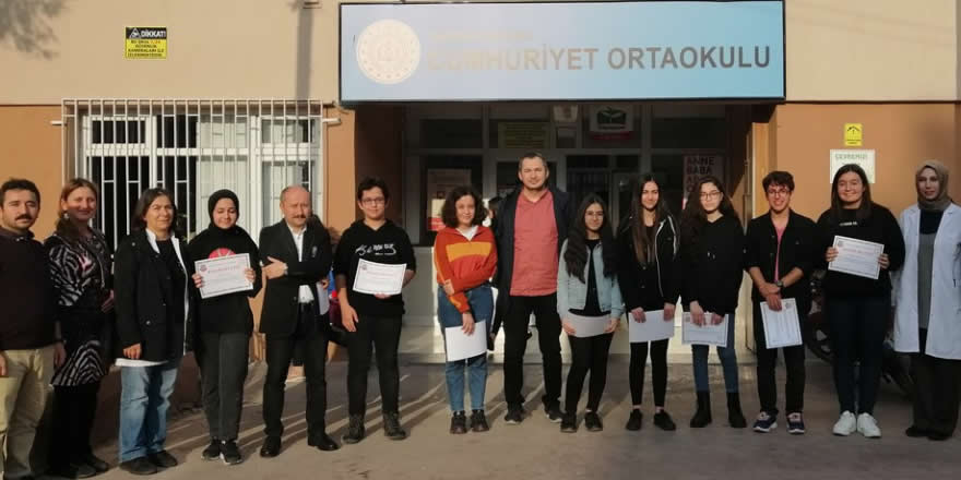 Cumhuriyet Ortaokulu eski Öğrencilerinden Anlamı Ziyaret