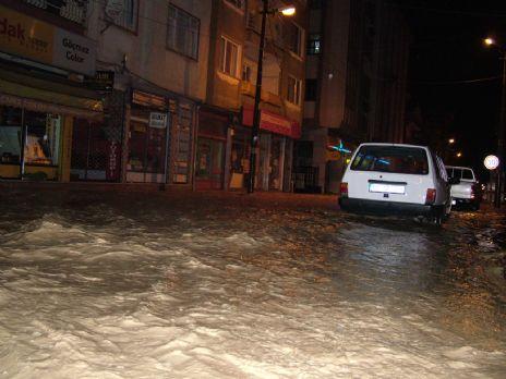 Aşırı yağış Alaçam'ı vurdu