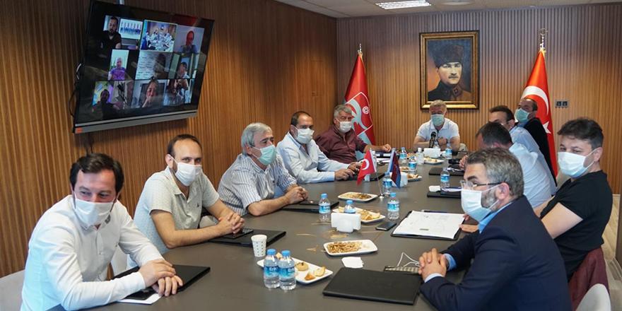 Trabzonspor Yönetimi Yemekte Toplandı