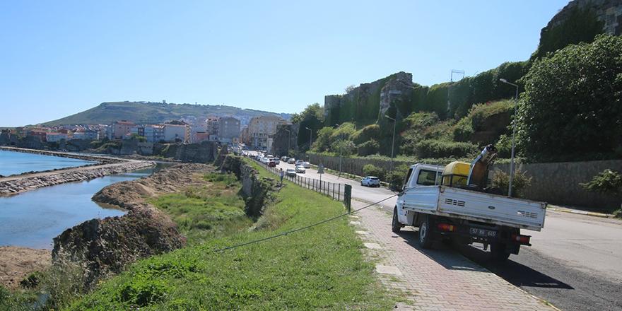 Sinop Belediyesi Sahilleri İlaçlıyor