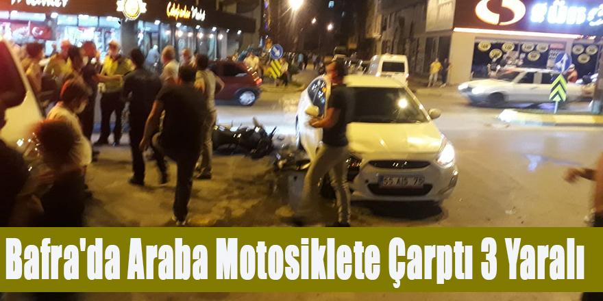 Bafra'da Araba Motosiklete çarptı 3 Yaralı