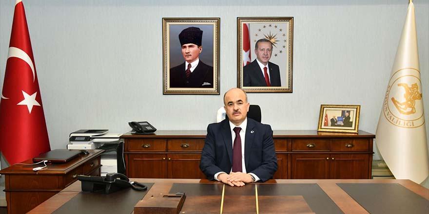 """Vali Dağlı: """"24 Temmuz özgür basının kilometre taşıdır"""""""