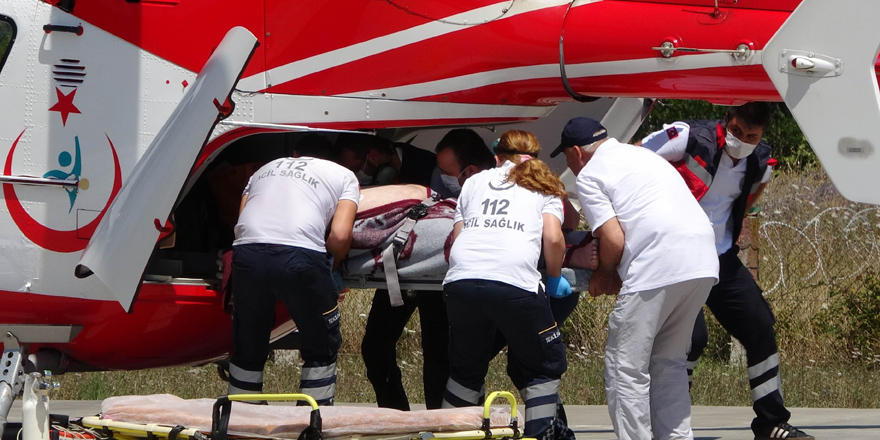 Yaşlı adamın yardımına ambulans helikopter yetişti