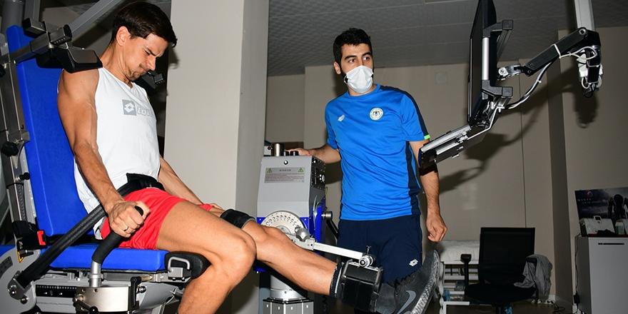 Konyaspor'da Jevtovic takımla çalışmalara başladı