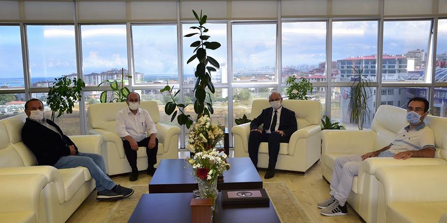 Canik Müftüsü Ali Çebi'den Tebrik Ziyareti