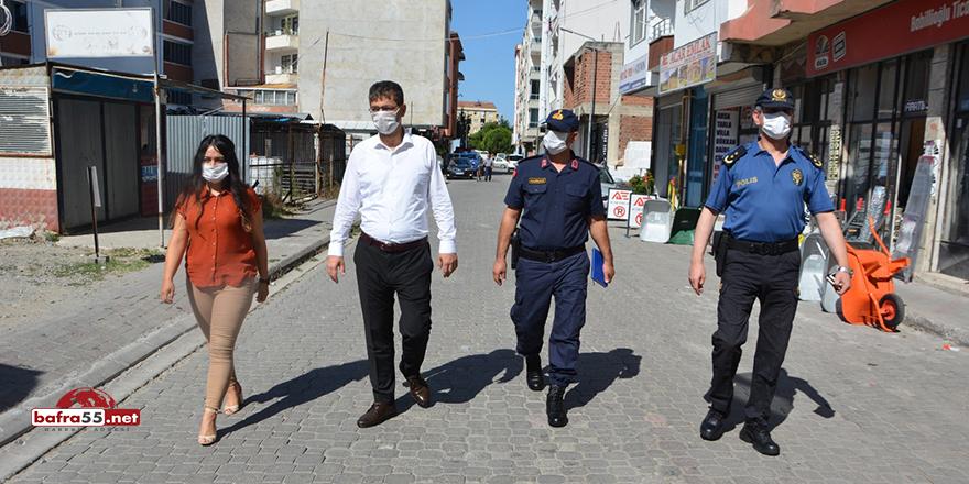 19 Mayıs Kaymakamı maske denetiminden memnun ayrıldı