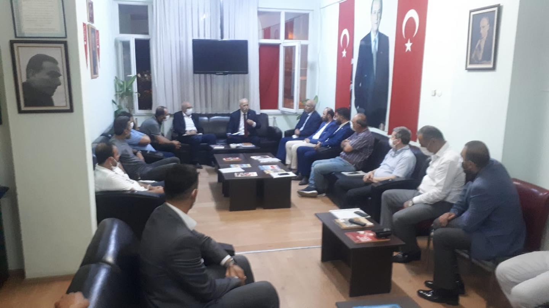 MHP İl başkanı Karapıçak Bafra ilçe teşkilatını ziyaret etti