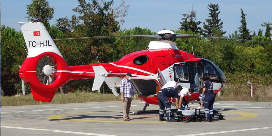 Ladik'te İnşaattan düşen şahsın yardımına ambulans helikopter yetişti