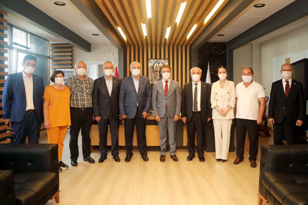 İYİ Parti heyetindenBaşkan Cemil Deveci'yegeçmiş olsun ziyareti