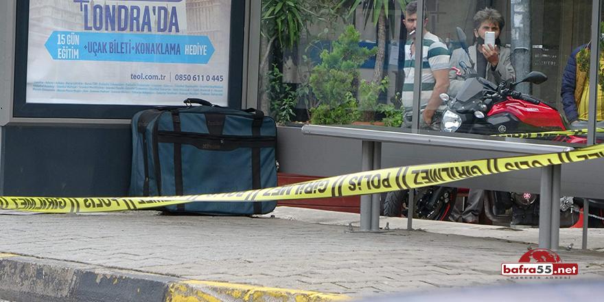 Çöpe atacağı valizi otobüs durağına bırakınca polisleri alarma geçirdi