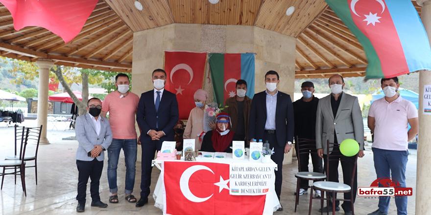 Kitabının gelirini Azerbaycan'a bağışladı