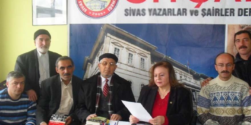 """Arif Nihat Asya Sivas""""ta Anıldı..."""