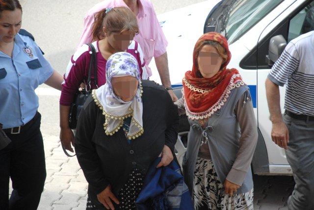 Kızının Altınlarını Gasp Ettiği İddia Edilen Anne Gözaltında
