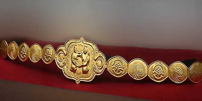 Bengü güreş ağasına altın kemer