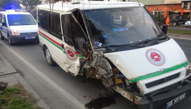 Bafra Cumhuriyet Başsavcılığı'na ait Araç Kaza Yaptı