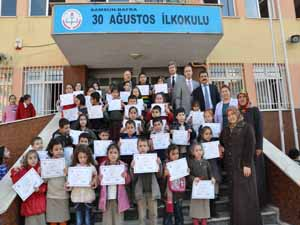 Bafra'da Başarılı Öğrencilere Sertifika