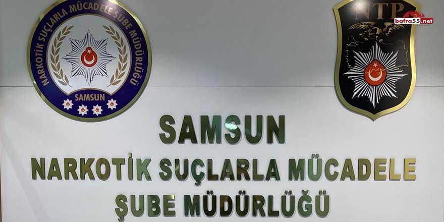 Samsun'da uyuşturucu ticareti yapan 2'si kadın 3 kişi gözaltında