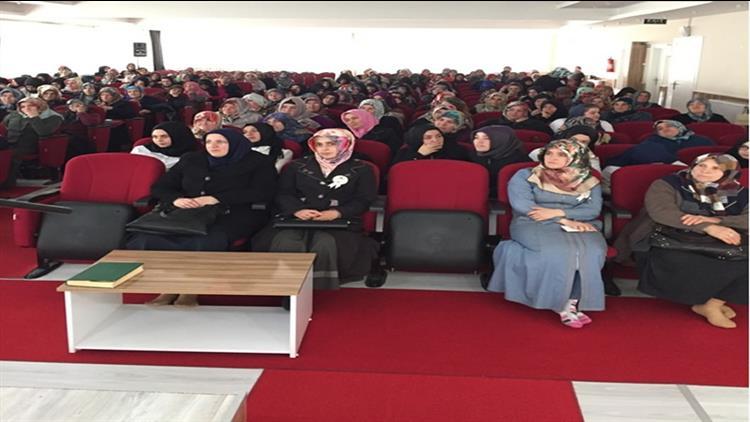 Bafra Müftülüğünden Bayanlara Konferans