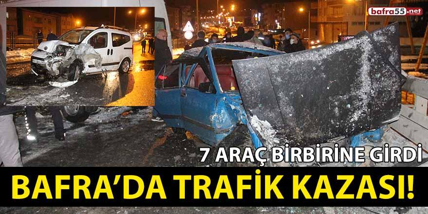 Bafra'da trafik kazası! 7 araç birbirine girdi